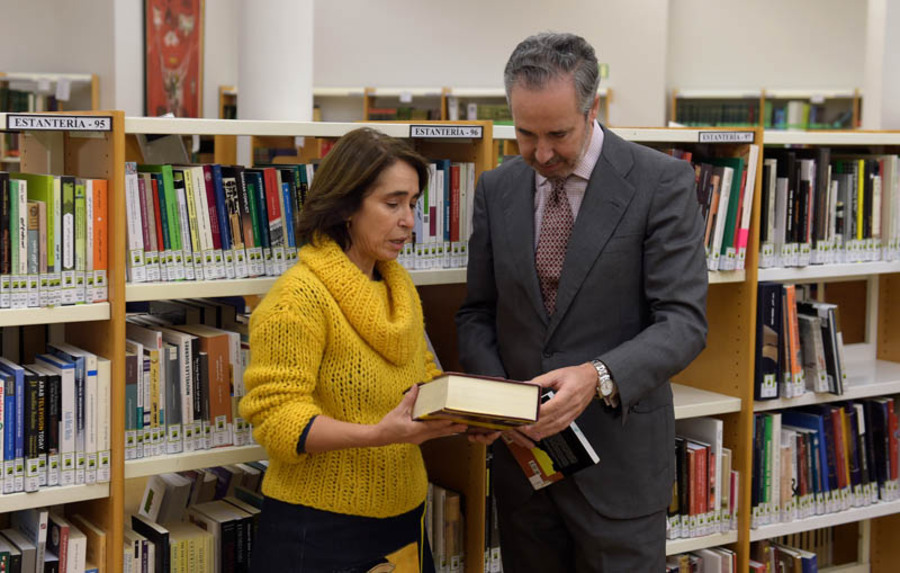 Casa Árabe donates its media library collection to the AECID library
